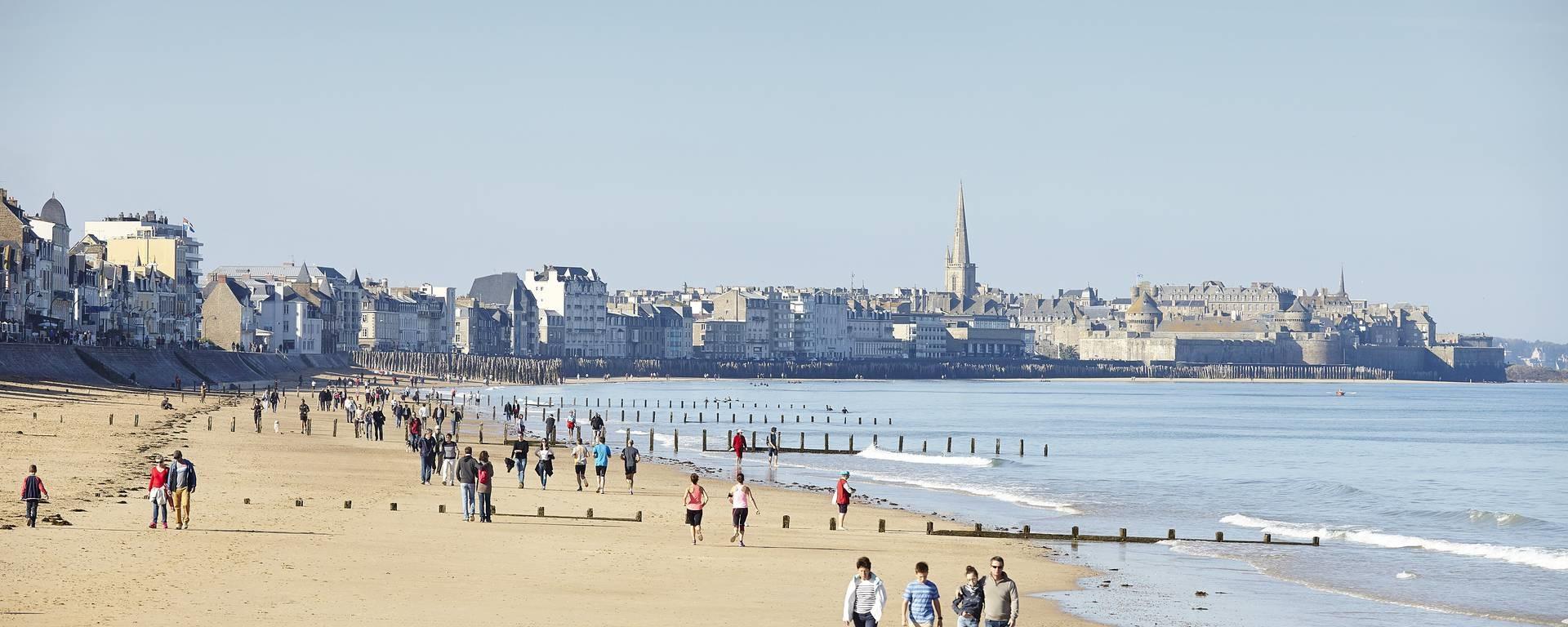 Saint-Malo locations Saisonnières, Plages, Commerces, Casino, Cité-Corsaire